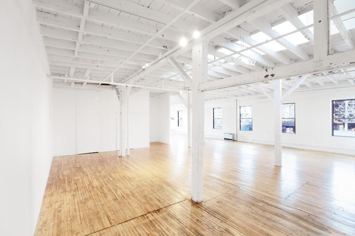 位於United StatesNew YorkGowanus的Beautiful Showroom in Gowanus